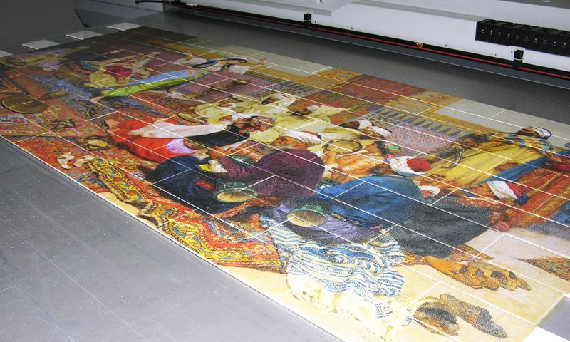Tile printing has resistances against all cleaning material.