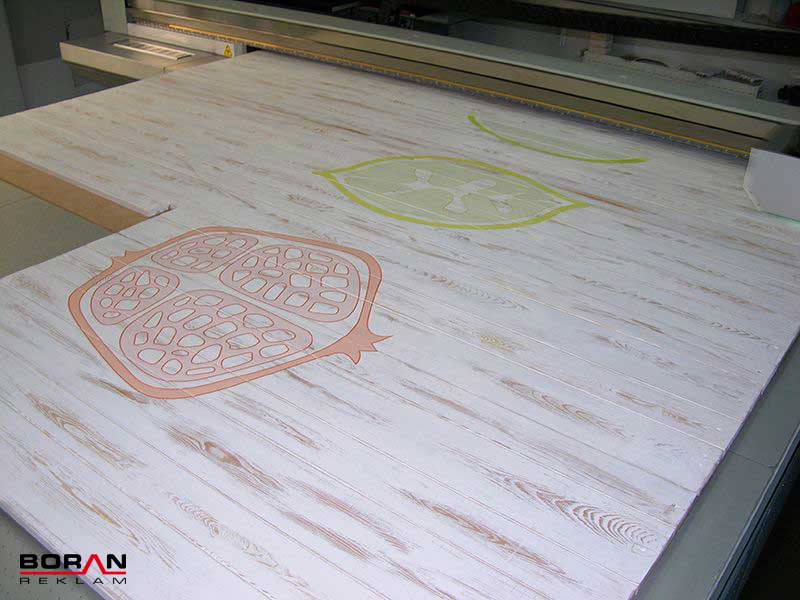 Wood Plate Printing with 205x305 cm.